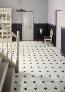 8319_viva_hallway