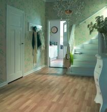bella_hallway_85724_int